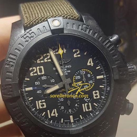 https://www.sorelleronco.it/Occasioni/schede_orologi/breitling/wcr2071-BREITLING-Avenger-Hurricane-Military/wcr2071-soldatino.jpg