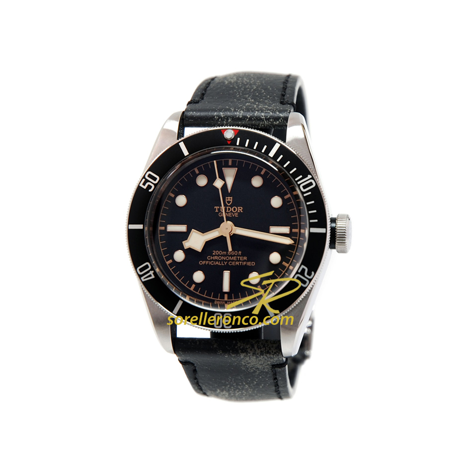Heritage Black Bay Nero COSC 41mm