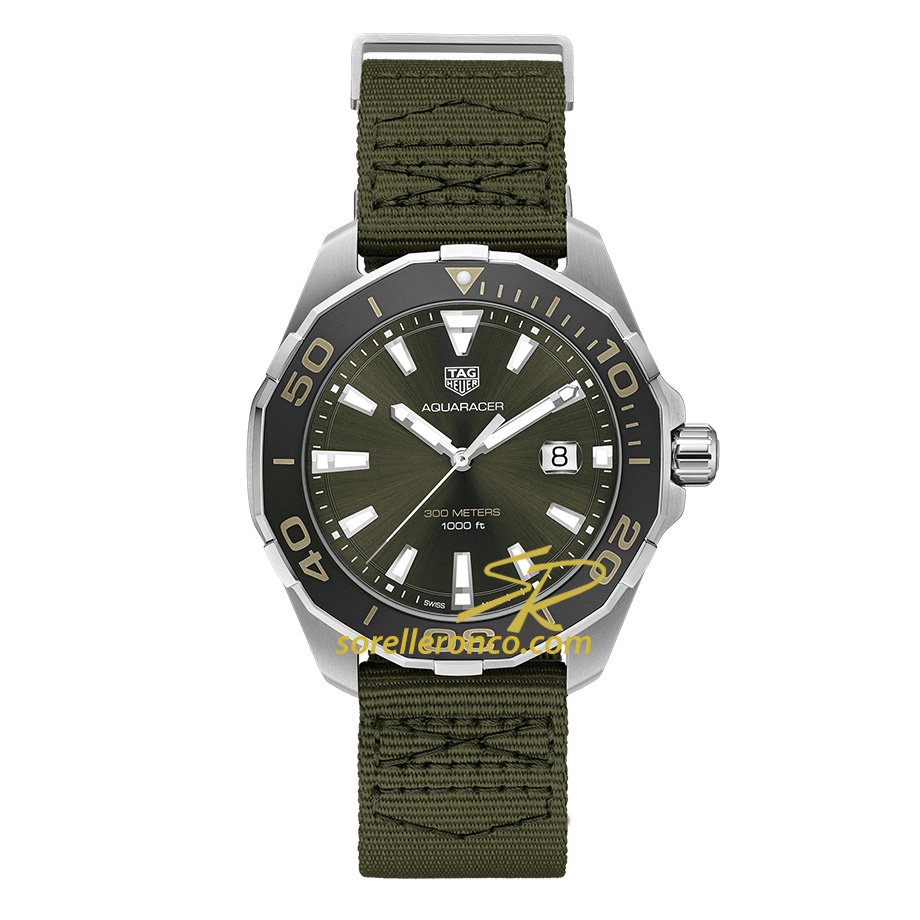 http://www.sorelleronco.it/Prodotti/Orologi/TagHeuer/Aquaracer/wcr2742-Tag-Heuer-Aquaracer-300-Verde-Militare/Tag-Heuer-Aquaracer-WAY101E.FC8222.jpg