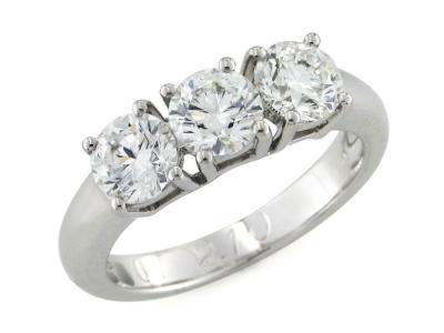 Anello Trilogy con Diamanti 2.10 Ct