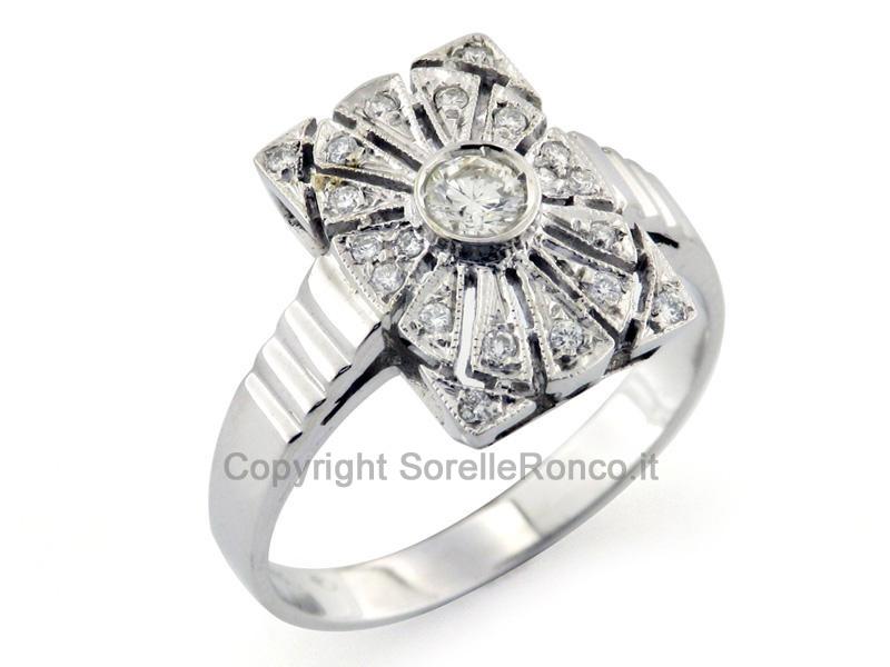 Anello art deco con diamanti